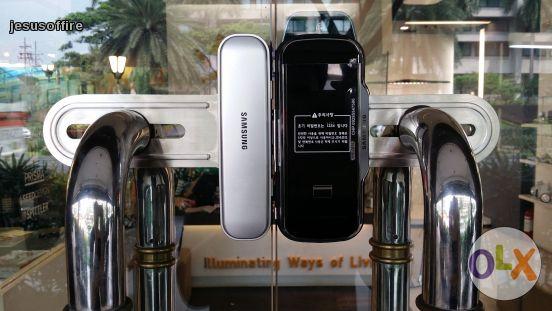 قفل دیجیتال مخصوص شیشه سکوریت