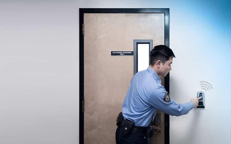 قفل اکسس کنترل و کنترل دسترسی و ورود و خروج سازمان ها