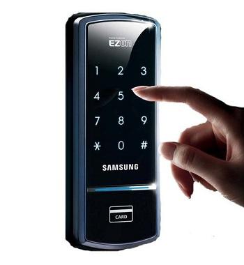 باز نمودن درب توسط رمز عبوری و کد
