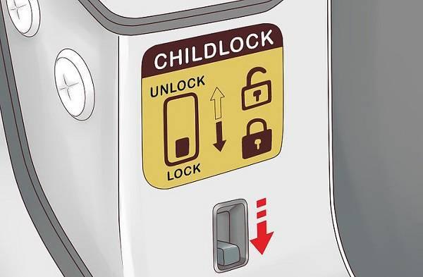 جلوگیری از باز شدن درب خودرو توسط بچه های خردسال