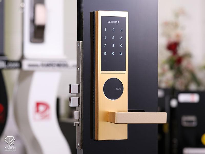 قفل دیجیتال درب